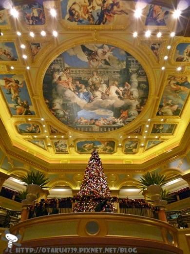 威尼斯人酒店的超大聖誕樹.JPG