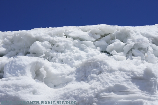 室堂站-稍微在溶化的雪