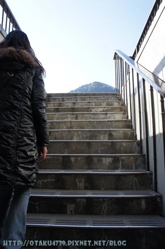 黑部大壩-前往觀景台的220階-終於到了