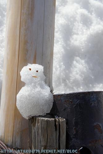 室堂站-路邊的小雪人