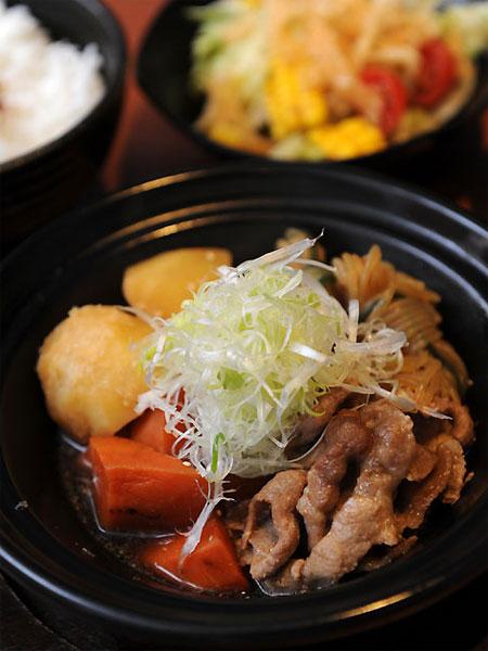 日式家常馬鈴薯燉肉