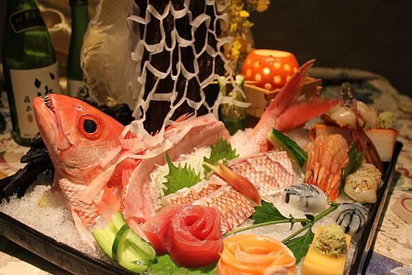笛鯛姿造季節刺身