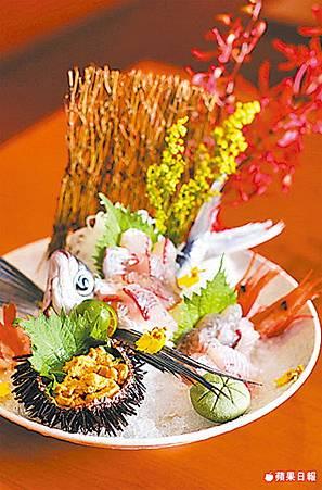 漁夫料理:季節生魚片盛合 時價,圖約450元