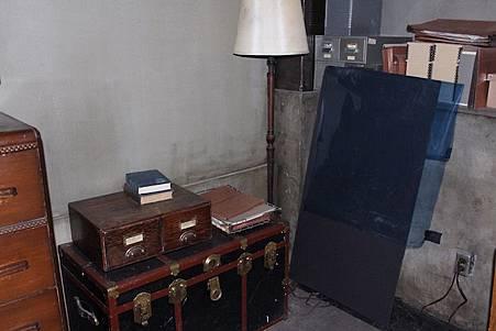 Sam's Bedroom-03.jpg