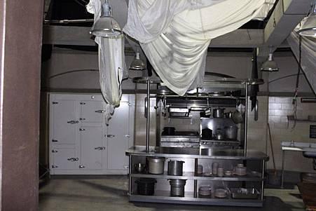 The Kitchen-02.jpg