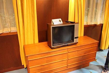 TV Addict on set -37.jpg