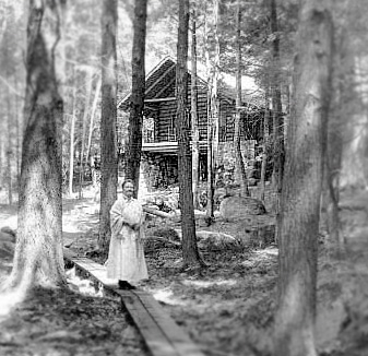MacDowell_Wife_Marian_02_New Hampshire log cabin