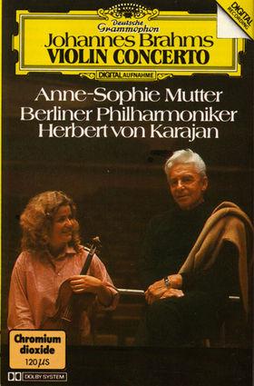Mutter_Karajan_b.jpg