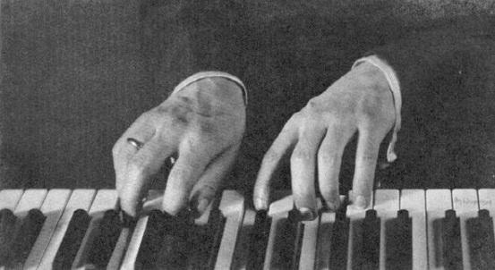 Rachmaninoff_14_hands.jpg