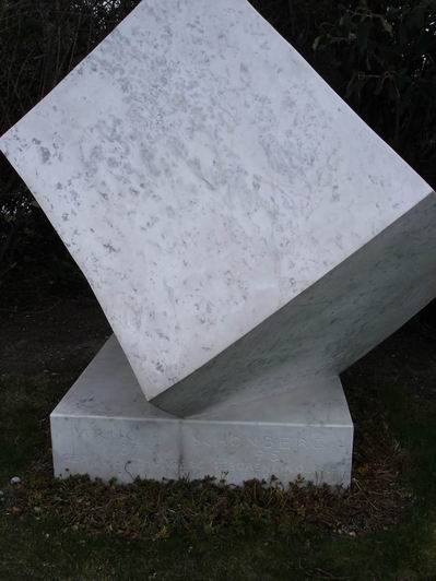 Schonberg_1017_tomb.jpg