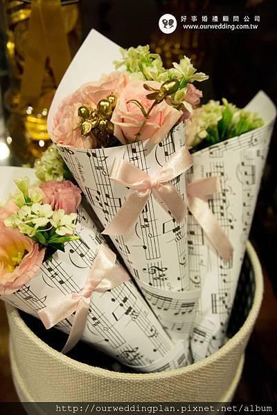 樂譜甜筒花.jpg