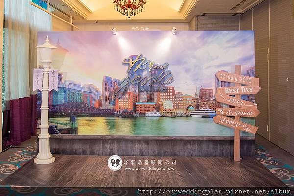 波士頓Charles River河畔城市風光主背板.jpg