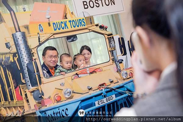 duck tour觀光鴨子船拍照道具.jpg