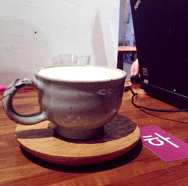 [ 台北 ] 卡那達咖啡 - 忠孝新生 正統韓風咖啡 巷弄中的居家隱蔽感 @ OOO - Out of Office :: 痞客邦