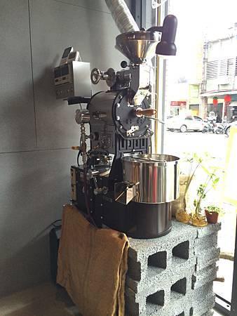 18NO100咖啡-2.jpg