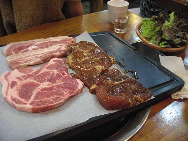點了三層肉+脖子肉+養料肉