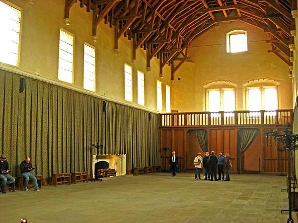Great Hall的後方像是有後台之類的機關 想必是表演時用的