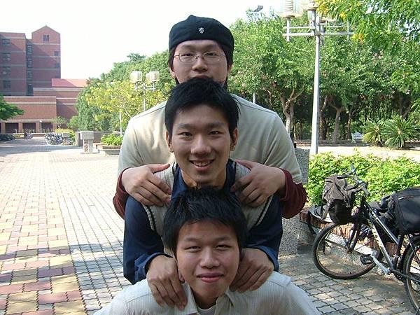 台北金童三人組