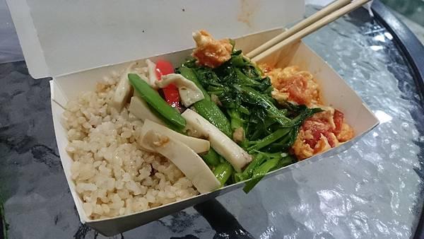 素食自助餐.JPG