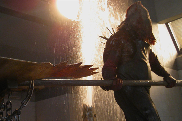 Resident-Evil-Afterlife-Executioner-Majini-Axeman.jpg