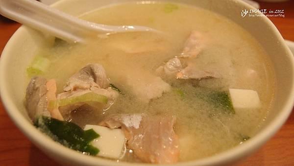 魚肉味噌湯