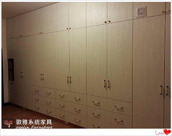 主臥超大面積衣櫃