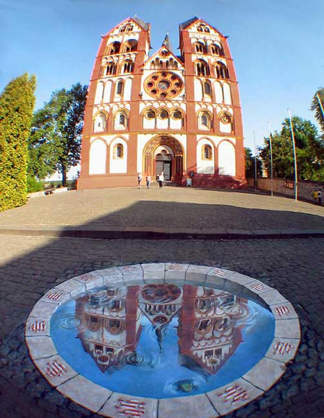 3d-building-art-reflection-church-kurt-wenner.jpg