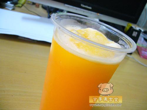 台南美食-懷舊紅茶雪乳冰店-維美冰店.jpg