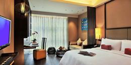 11 Jumeirah Shanhai16(delux room).jpg