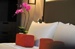 11 Jumeirah Shanhai7(Pillow).jpg
