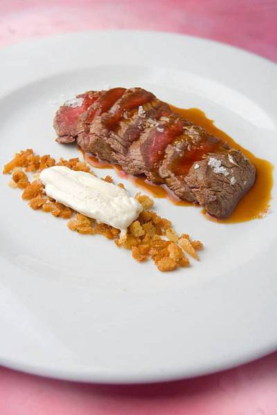 Ronda Rest(Westin)(Beef tenderloin with a brandy butter ice cream