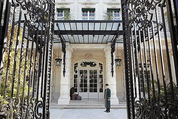 Shangri-La Hotel, Paris(6