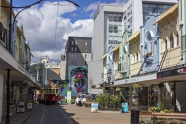 Newr Regent Street with tram基督城新攝政街和有軌電車.jpg