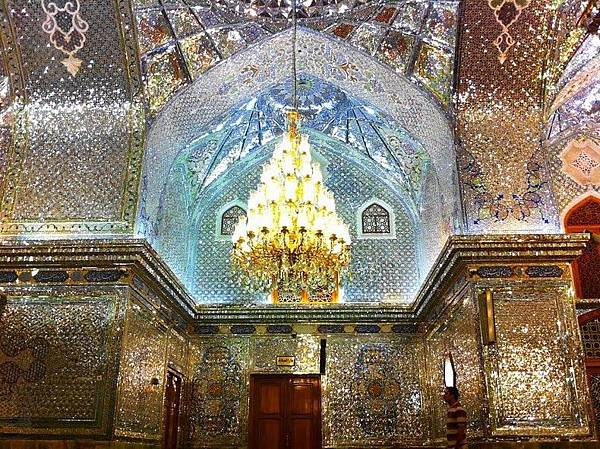 Mausoleum of Ahmad and Muhammad, Shah Cheragh, Shiraz6.jpg