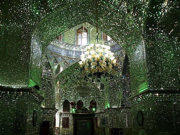 Mausoleum of Ahmad and Muhammad, Shah Cheragh, Shiraz2.jpg