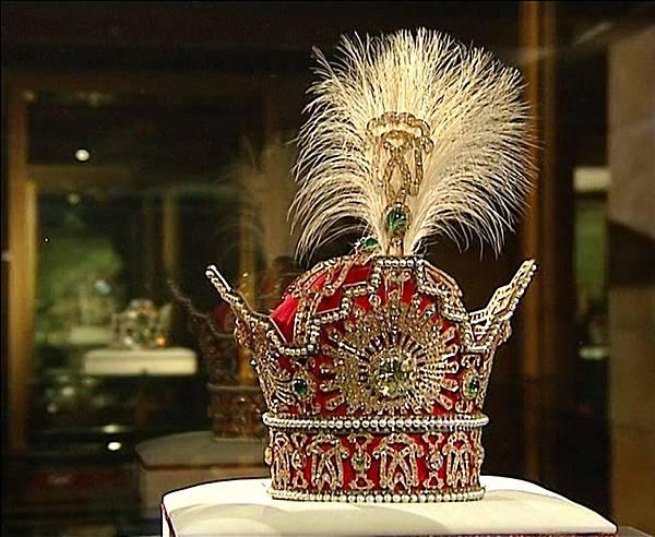 Naderi_throne(Jeweral Museum4.jpg