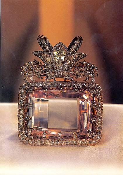 The_Daria-e_Noor_(Sea_of_Light)_Diamond(national_jewels1.jpg