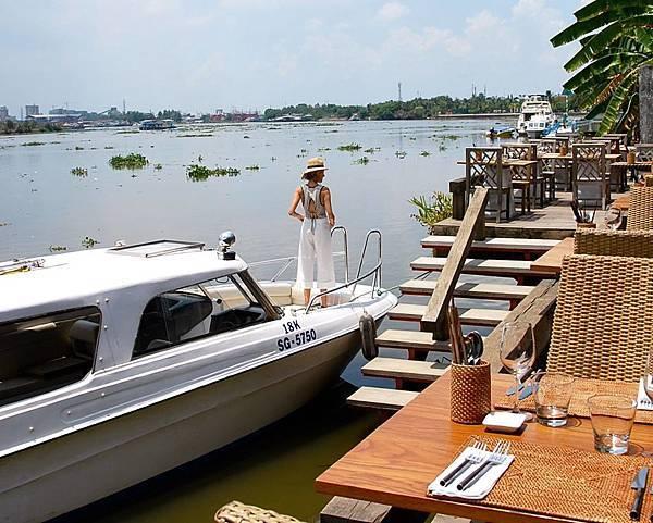 The Deck Saigon(4.jpg