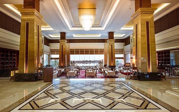 Landmark Mekong Riverside Hotel(VTE, Brasserie  Restaurant3.jpg