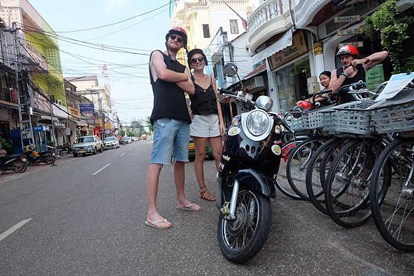 PVO MOTOBIKE RENTAL(VTE2.jpg