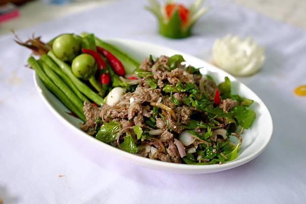 Tamnak Lao Restaurant(VTE,DINNER SHOW REST1.jpg