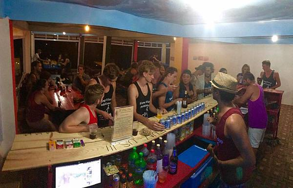 Real Vang Vieng Backpackers Hostel8.jpg