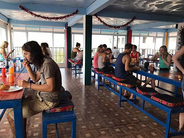 Real Vang Vieng Backpackers Hostel4.jpg