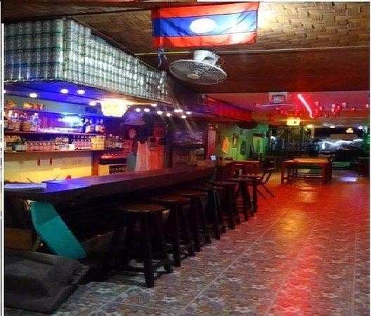 lalaland bar(VIENG VANG1.jpg