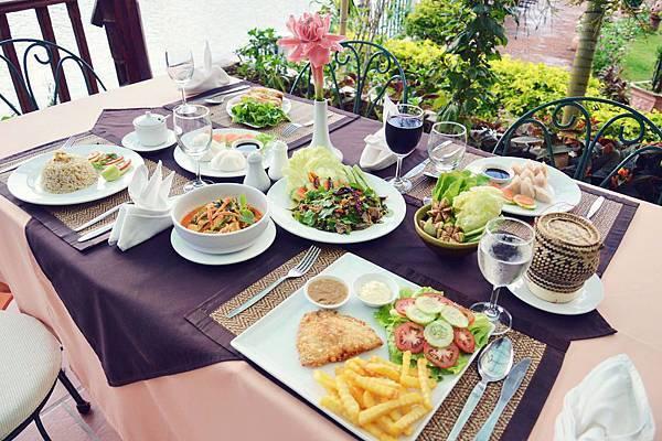 La Verandah Rest(Villa NamSom Vang Vieng6.jpg