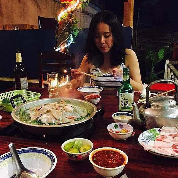 Peeping Som's Bar and Korea Restaurant(Vang Vieng7.jpg