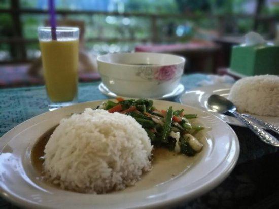 Lao Valhalla Restaurant(Vang Vieng;food1.jpg