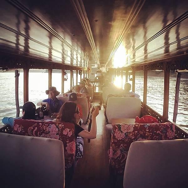 Sa sa Sunset Cruise(LPQ,Nice boat5.jpg