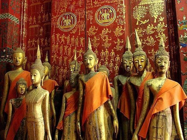 Wat Xieng Thong (Golden City Monastery)(LPQ.jpg