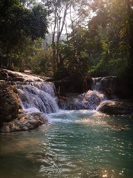 Kuang Si Waterfall(10.jpg